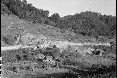 Marion-Post-Wolcott-Farmland-with-erosion-on-hillside-Breathitt-County-Kentucky-1940