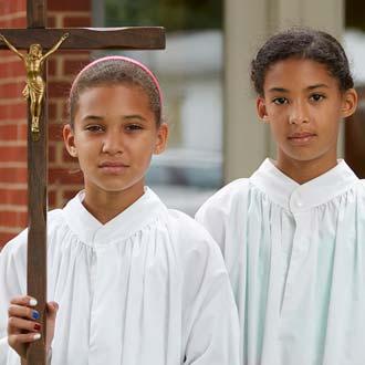 altar-girls-owensboro-daviesss-county-2015-ted-wathen-330pxw